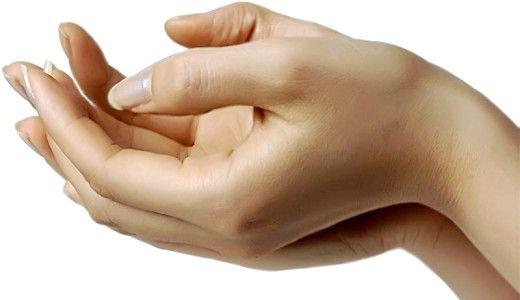 Оксамитові ручки: народні рецепти по догляду за шкірою рук в домашніх умовах