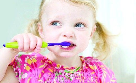 Дитячі зуби, коли і що слід робити, щоб їх зберегти?