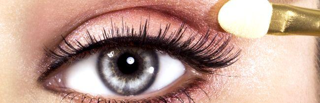 Як правильно робити макіяж очей