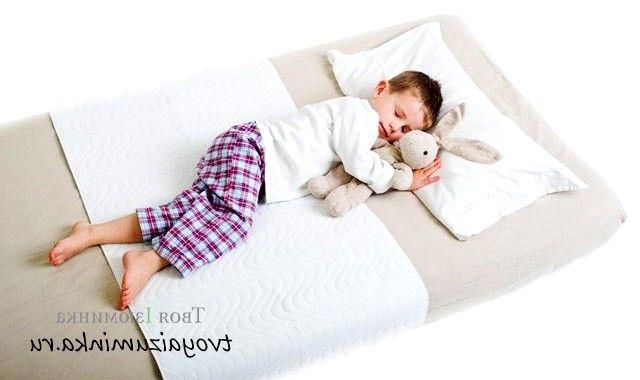Як правильно вибрати дитячий матрац в ліжечко