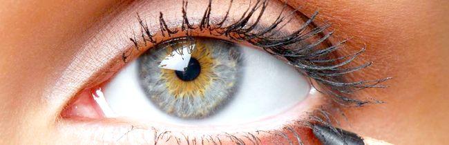 Як правильно вибрати і використовувати олівець для макіяжу очей?