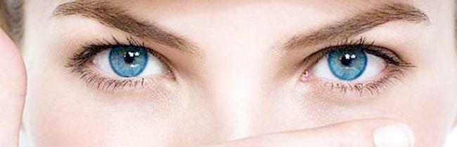 Народні засоби від набряків під очима