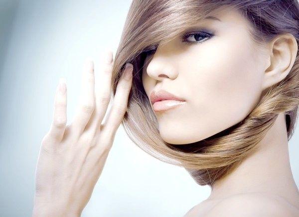Правильний домашній і професійний догляд за волоссям. Поради по догляду за жирними, сухими, січеться волоссям. Лікування волосся. Модні зачіски, стрижки, укладки