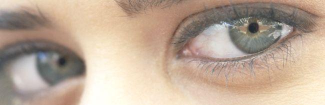 Причини набряку вранці верхньої повіки ока