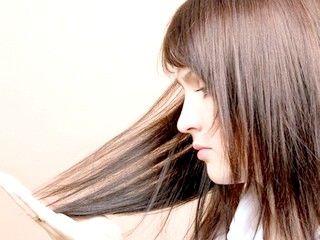 Причини випадіння волосся у жінок, чоловіків, дітей і підлітків