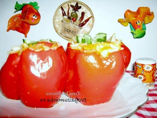 Рецепт приготування фаршированого перцю під сметанно-томатним соусом