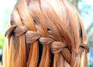 Французький стиль в зачісках